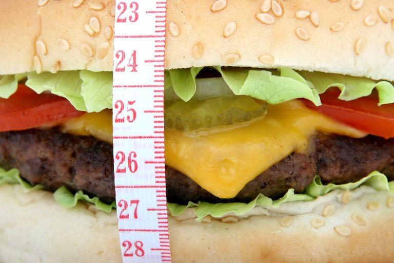 Les kilos, calories, stress et hormones